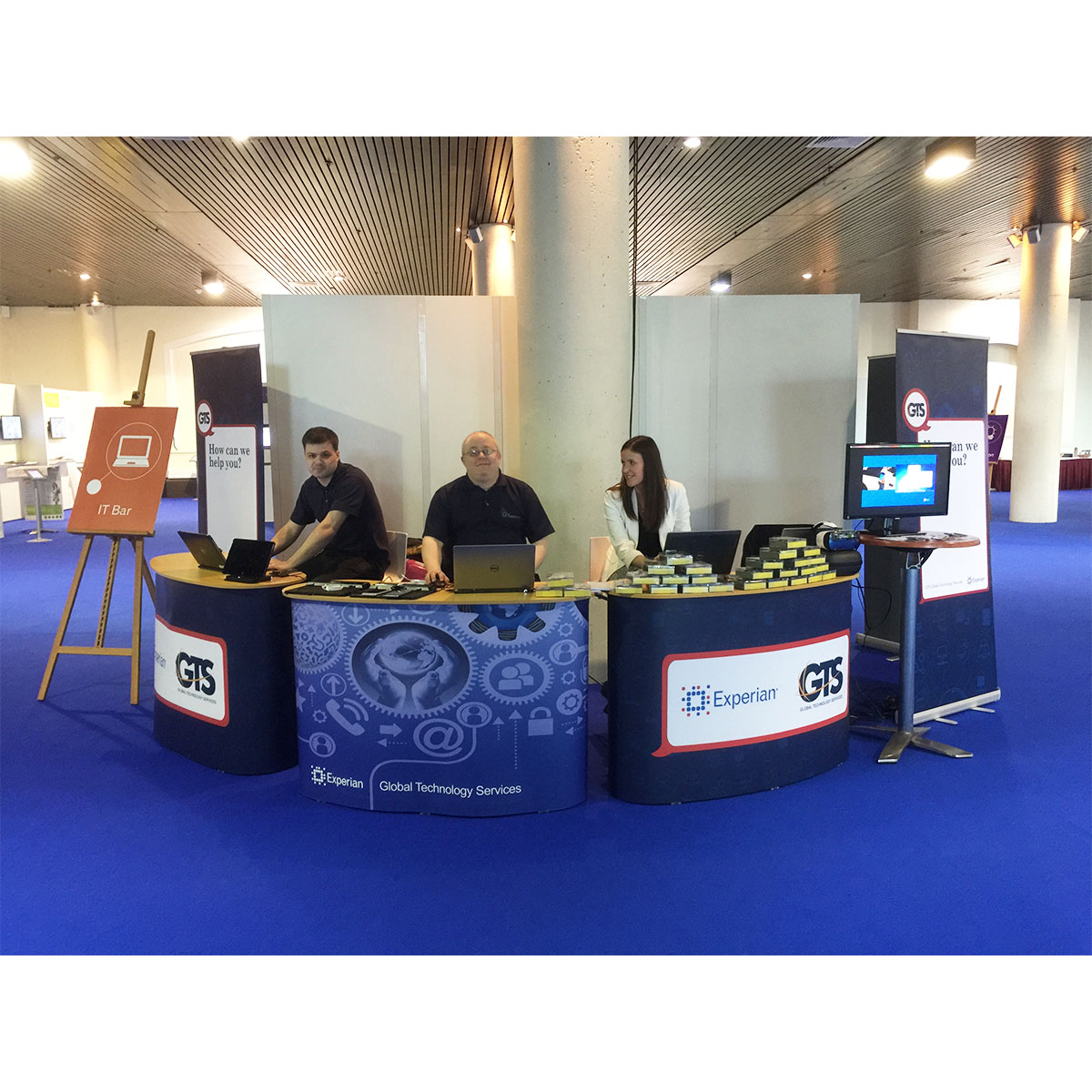 Portable Exhibition Stands Uk : Pop up counter podiums