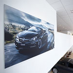 Frameless look Graphic Systems